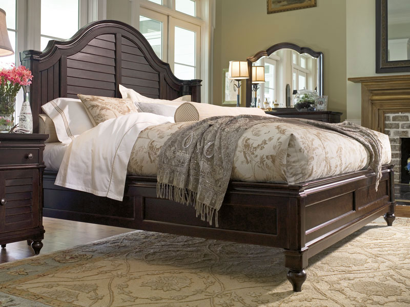 Steel Magnolia Bed